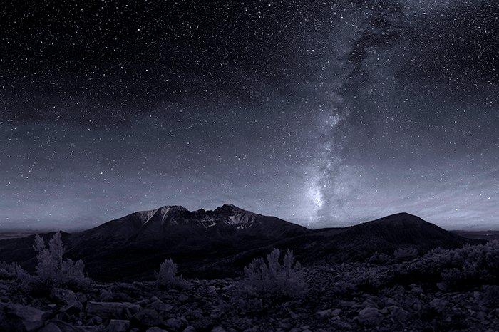 Dark night sky over Wheeler Peak